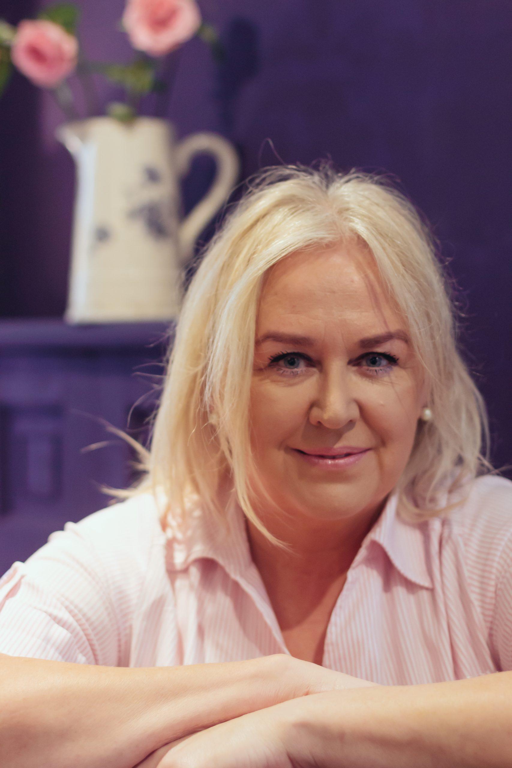 Angela Dyson author The Love Detective Next Level
